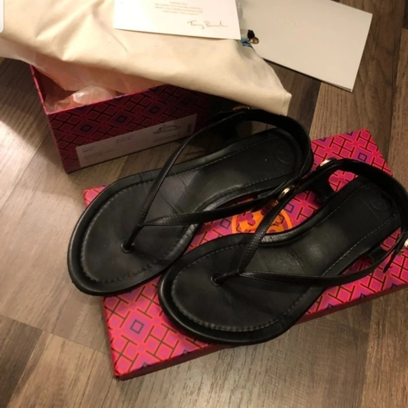 Tory Burch Shoes - Tory burch minnie sandals size 9